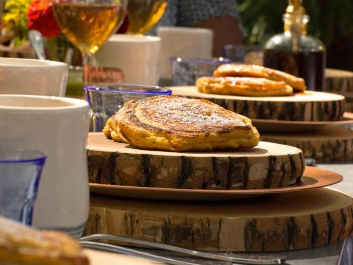 aphrochic - pumpkin pancakes