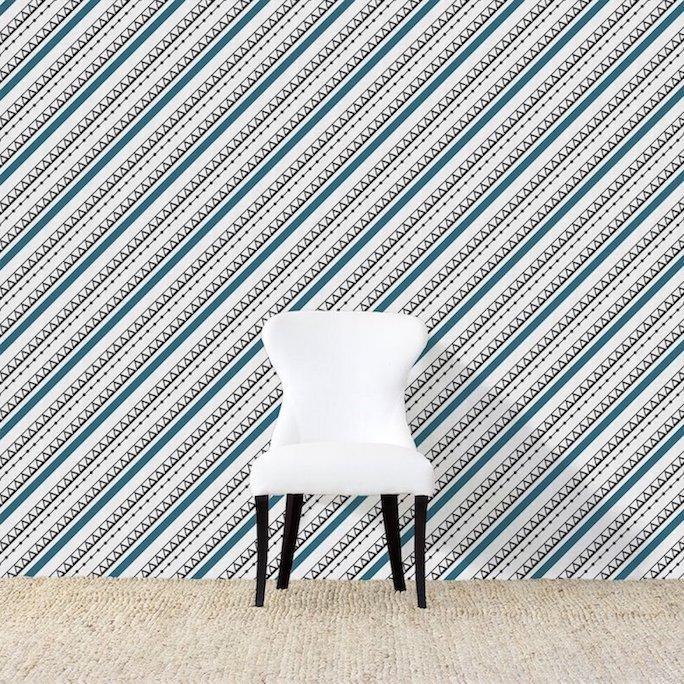 Ndop Bue And White Wallpaper