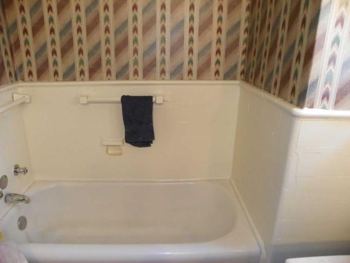 Bathroom Makeover Bathtub Before
